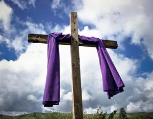 cross-lent-purple-drape-5