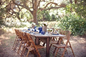 rustic-vintage-camping-themed-wedding-outdoor-dining-table-setting