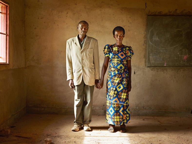 06rwanda_ss-slide-CIF0-jumbo