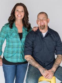 hybfr_hosts_jen-and-brandon-hatmaker_portrait_v-crop_141203-445-jpg-rend-hgtvcom-1280-1707
